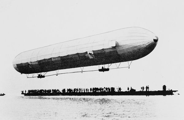 600px-First_Zeppelin_ascent